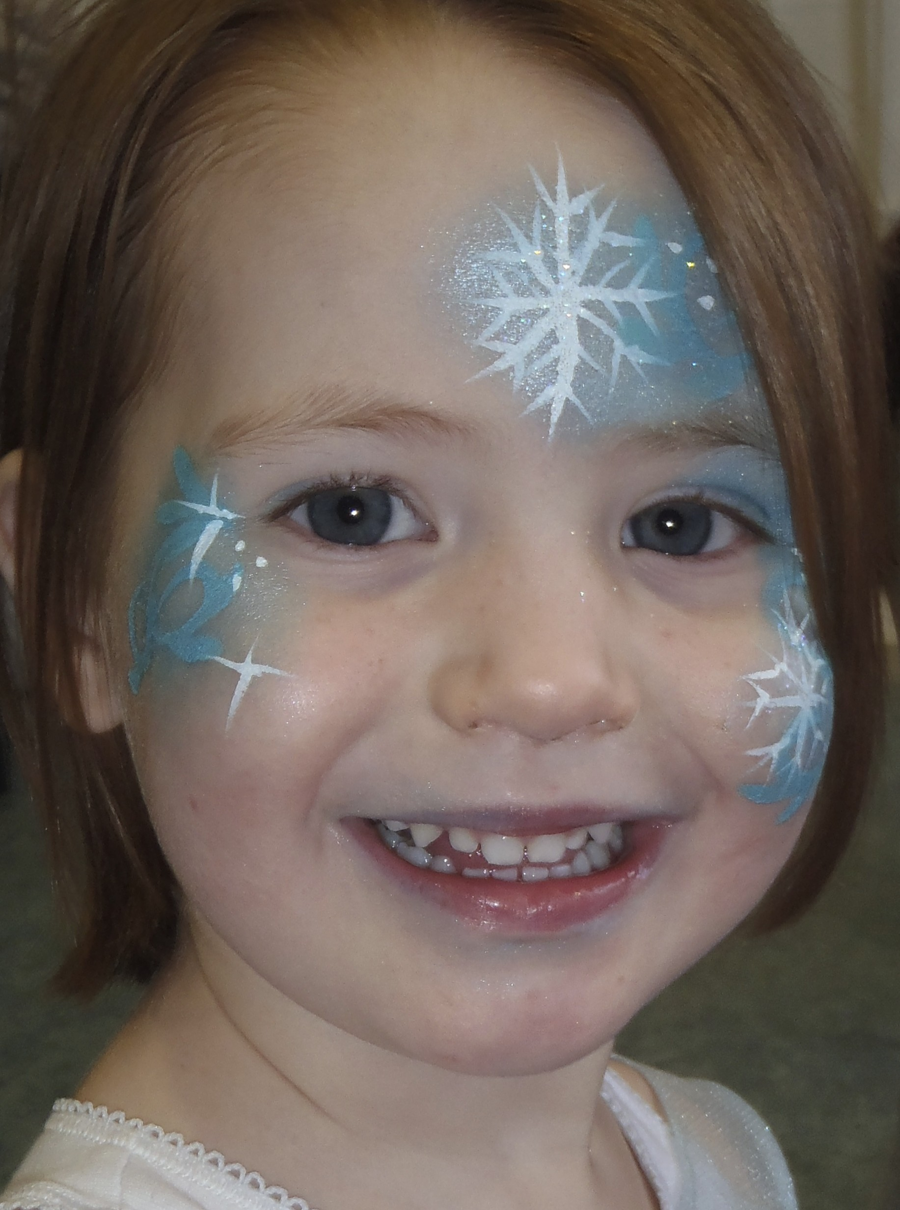 Gallery face paint by sarah haddon for Frozen face paint